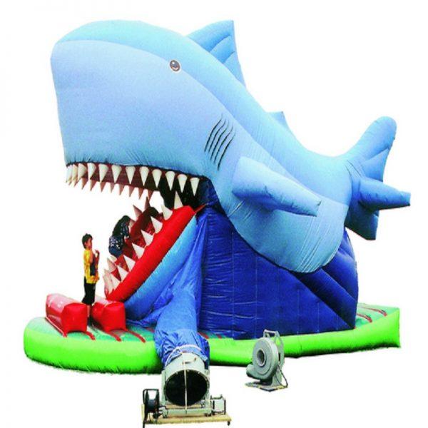 springkussen etende haai